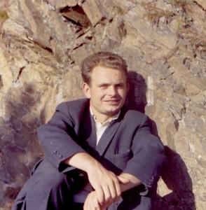Tre mesi dopo la laurea in Scienze agrarie (Padova) sono stato assunto all'ISP a Casale Monferrato dove cominciai a lavorare il 3 ottobre 1962. Questa fu la mia prima pubblicazione